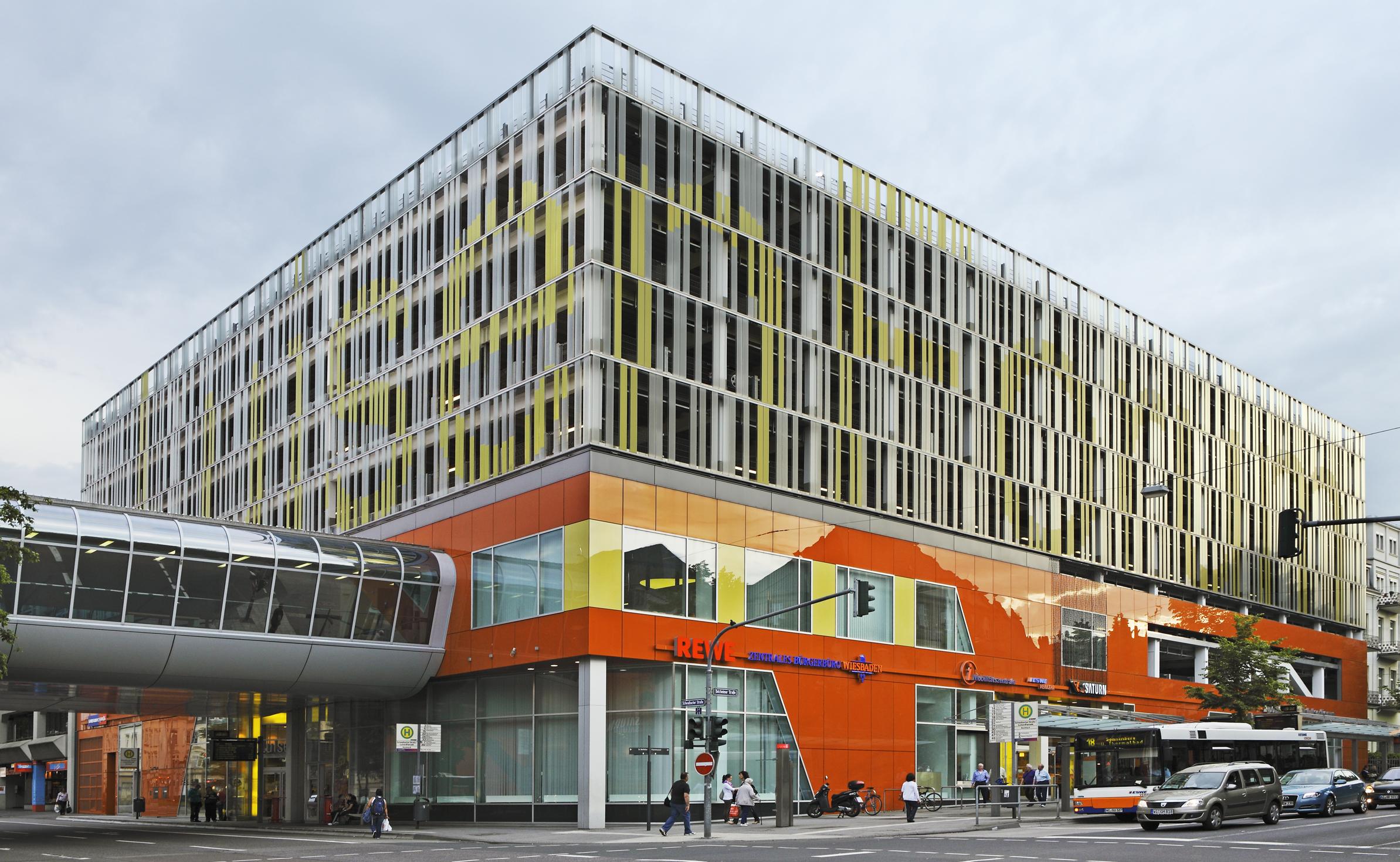 Wiesbaden Karstadt Parkhaus
